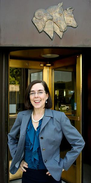 "New Oregon governor Kate Brown sworn in, declares ""It's time to get to work"""