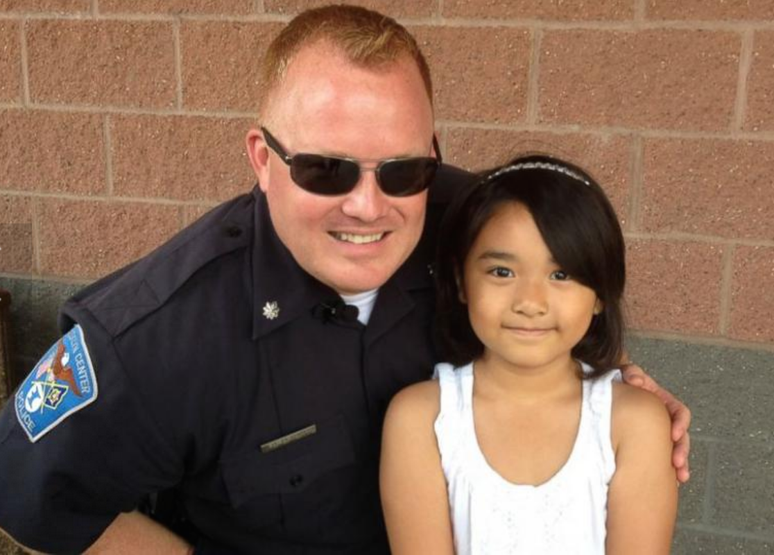 How this police officer spent his last day on the job