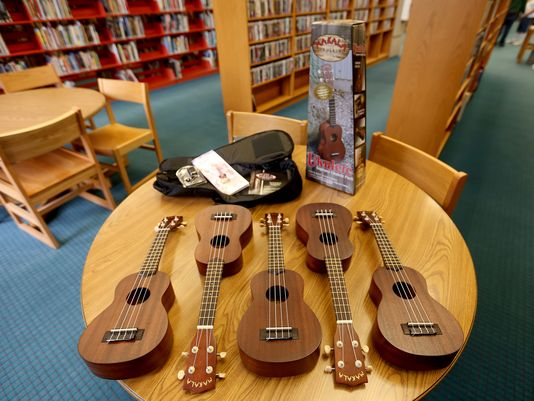 Salem library creates ukulele lending program