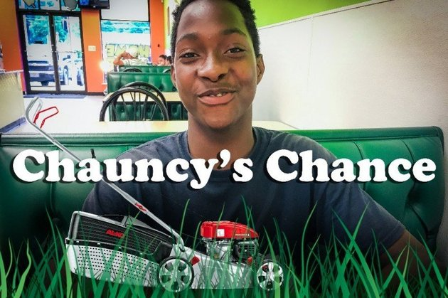 Teen asks to carry groceries in exchange for food, gets a lot more in return