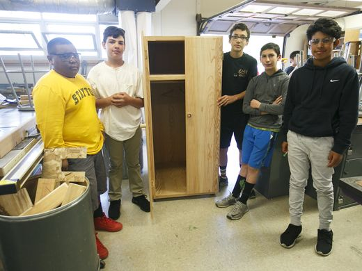 Middle school students build wardrobe for homeless shelter