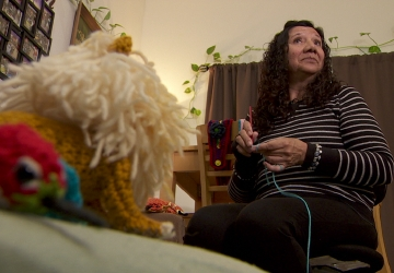 Washington woman crochets stuffed animals for children with cancer