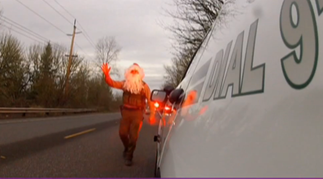 "Officer ""Santa Laws"" makes traffic stops in Clackamas County"
