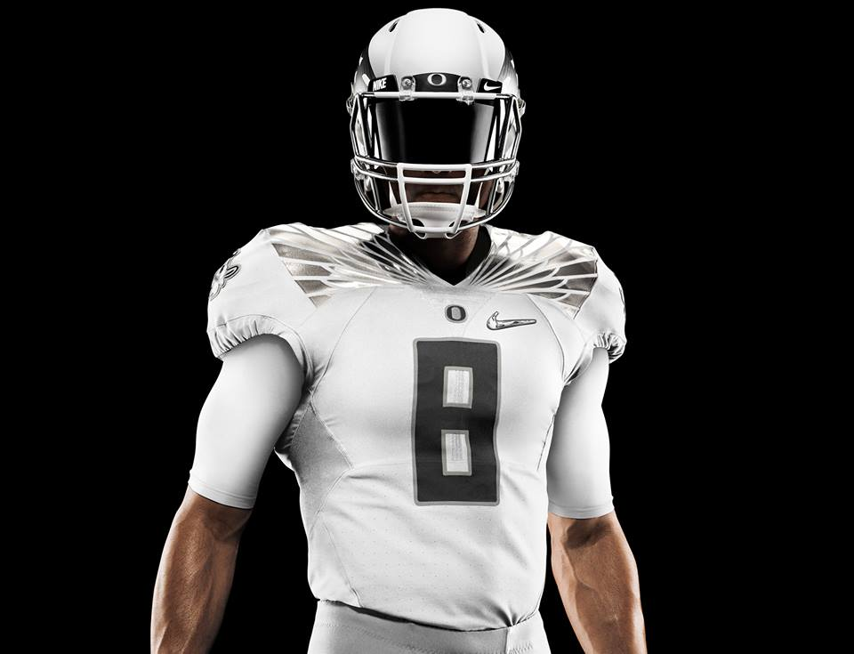 Goodbye green and yellow: new Oregon Ducks uniform for national championship