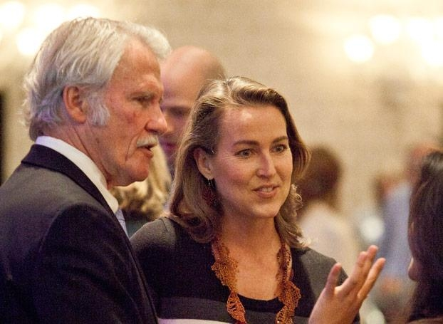 Investigation on Kitzhaber, Hayes: 'Most bizarre' email investigation continues