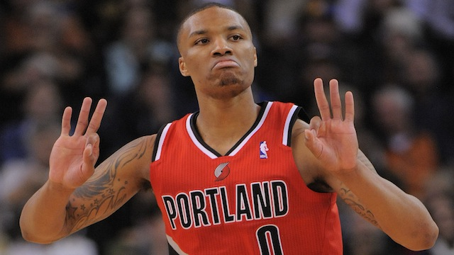 With support from mom, Damian Lillard achieves 'dream come true'