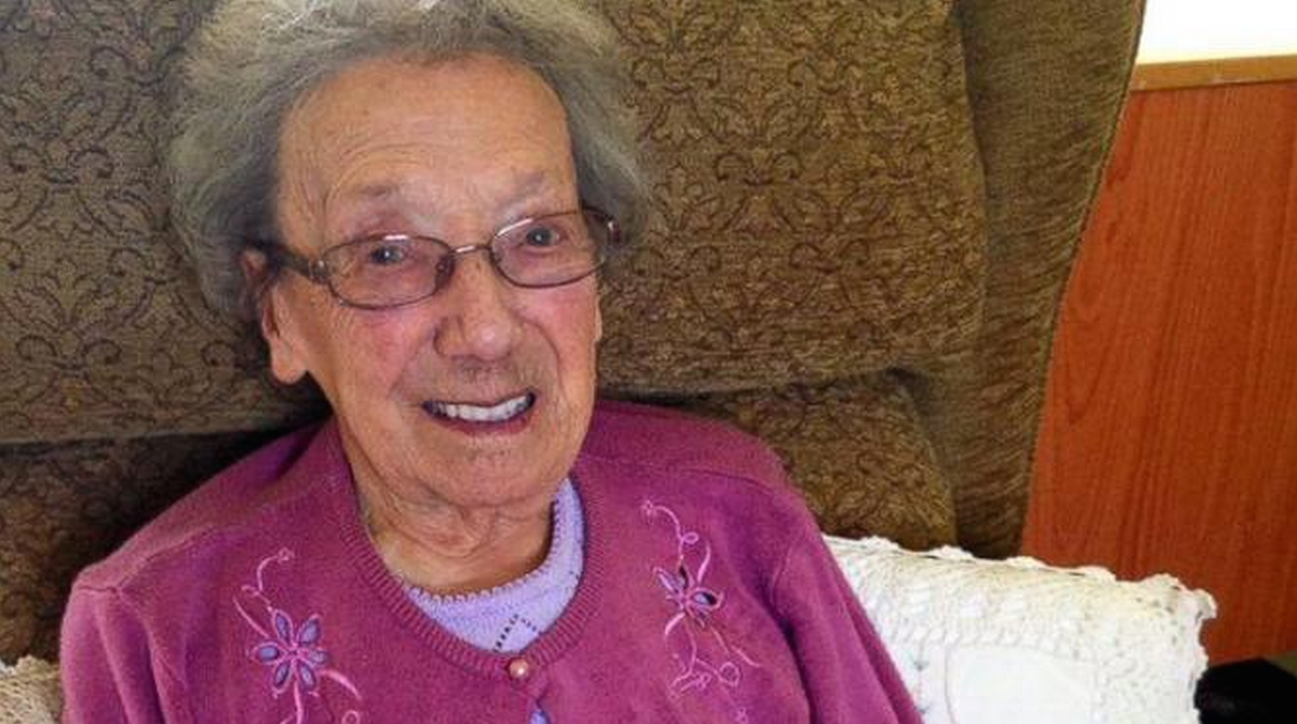 Centenarian surprised with 16,000 cards on her birthday