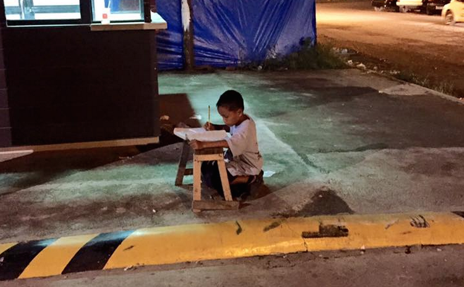 Viral picture of homeless boy brings help to his family