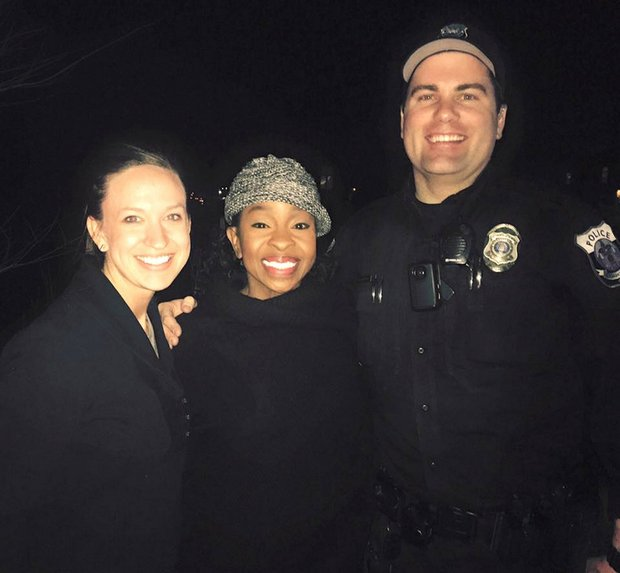 "Gladys Knight sings ""Happy Birthday"" to police officer"