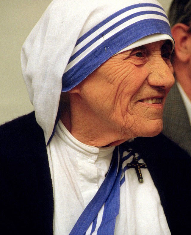 Mother Teresa to be canonized a saint