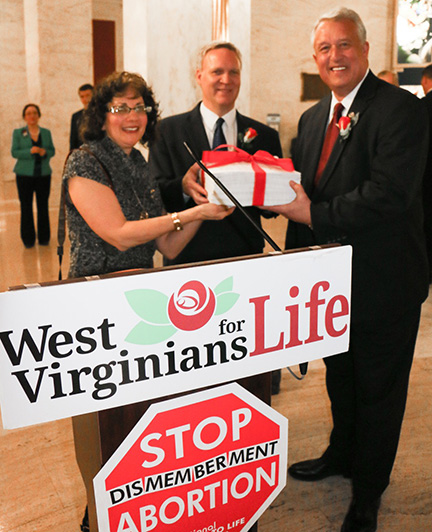 West Virginia state House and Senate pass dismemberment abortion ban