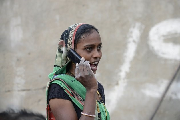 "Cell phones sold in India to have a ""panic button"" to help protect women"