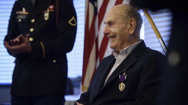 World War II veteran finally receives long-promised Purple Heart