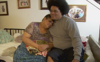 Husband shows devotion for wife during family crisis