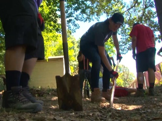Virginia Teens Build Deck for Disabled Man Trapped in His Home