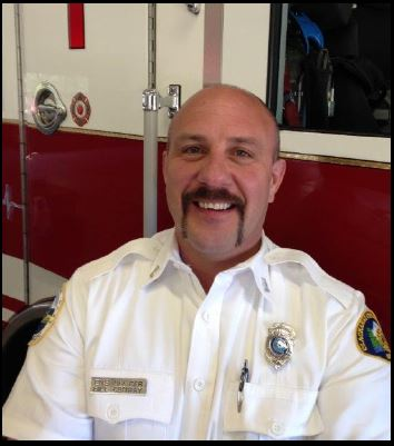 Off-Duty Fire Chief Saves a Life