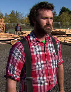 Volunteers Build Sustainably Sourced Shelters for Homeless Veterans