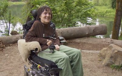 Portland Woman Helps Fellow Wheelchair Users Hit the Trail