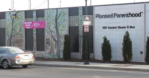State Officials Halt Abortions at Kansas City Planned Parenthood Clinic