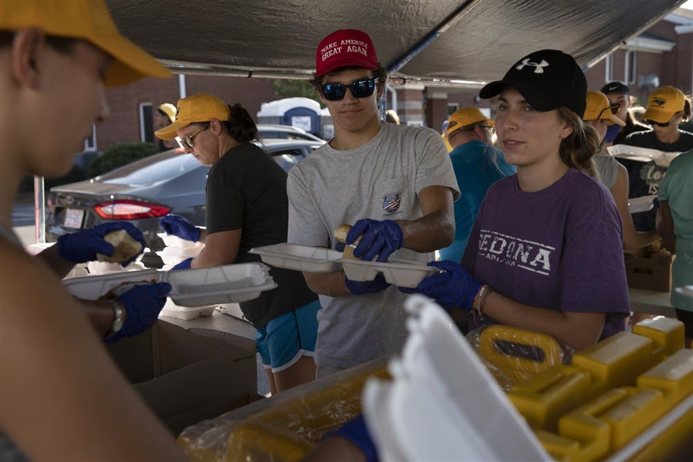 A North Carolinan church gives 20,000 meals to those affected by flooding